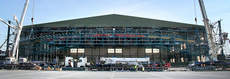 REIDsteel Door Case Study - Hangar 12 Extension - view A