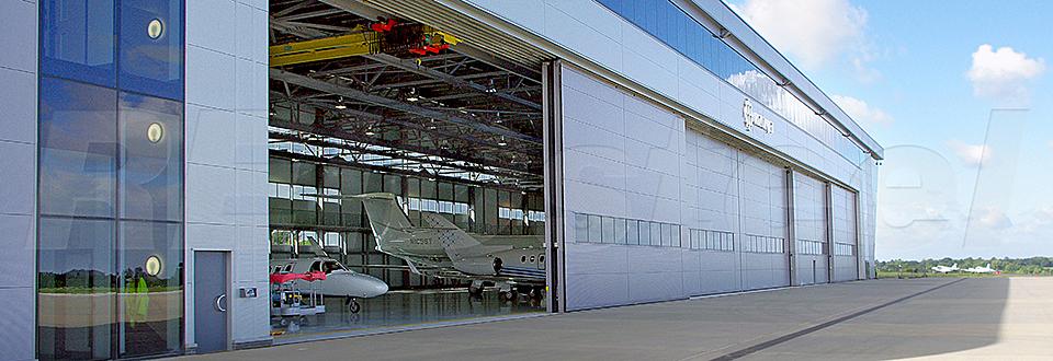 REIDsteel Doors Case Study - Rizon Hangar, Biggin Hill - vie